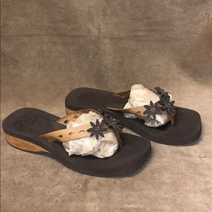 Reef leather and wood flip flop